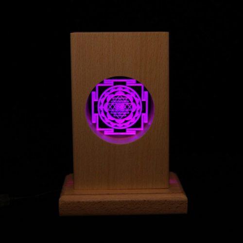 Meditationsleuchte | Stimmungslicht | Lampe| Sri Yantra violett | Natur Holzsockel