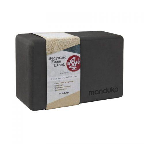 Yoga Blocks | Manduka Recycled Foam Block Thunder| besteht garantiert aus 50% recyceltem EVA-Schaum