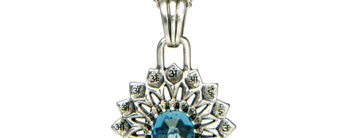 Silber Anhänger Hals Chakra mit Topas   Silber Anhänger   Silber Anhänger kaufen   Chakra Anhänger   Yoga Schmuck   Spiritueller Schmuck