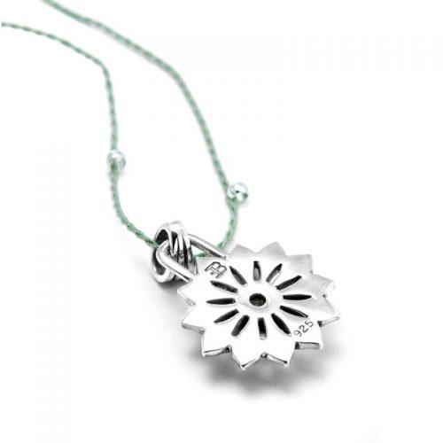 Silber Anhänger Herz Chakra aus Sterlingsilber mit hochwertigen Peridot | Rückseite | Chakra Anhänger
