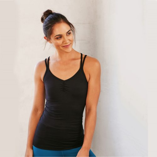 New Cross Strap Top von Manduka BLACK | Yoga Kleidung | Top