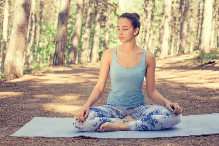 Atem-Meditation – folge dem natürlichen Fließen deines Atems