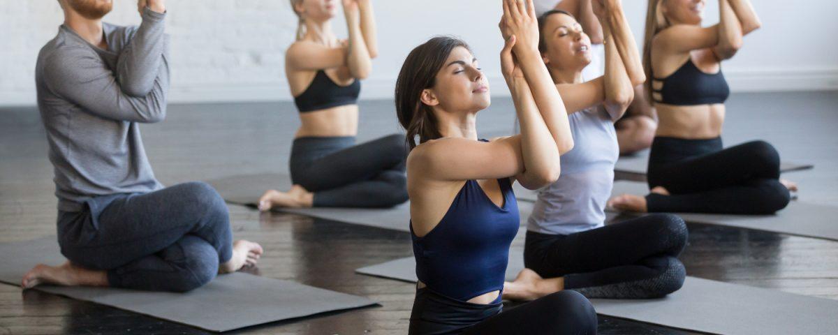 Yin Yoga – Hingabe und Loslassen durch intensive Dehnung