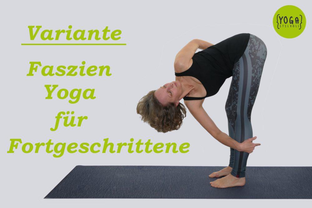 Uttanasana - Stehende Vorwärtsbeuge - Variante Faszien Yoga