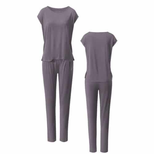 Onepriece Kombination von Curare Yogawear Farbe Violett