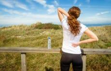 Schmerzlinderung und sanfte Therapie durch Yoga