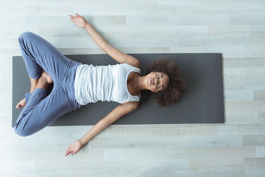 Welche Wirkungen hat Yoga auf den unteren Rücken