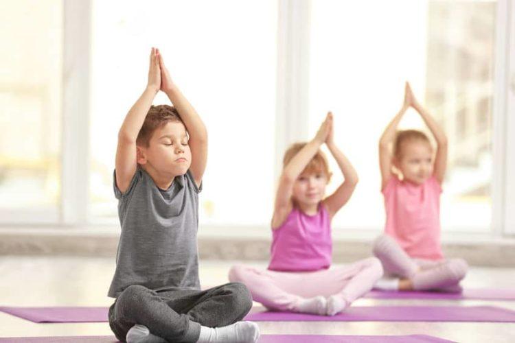 Kleinkind-Yoga