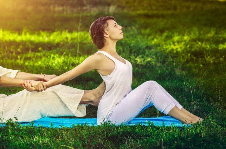 Thai Yoga Massage – Stärkung der Energielinien für anhaltende Entspannung