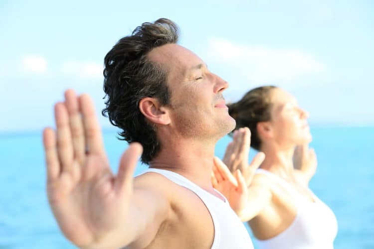 Yoga für Männer – der aktive Weg zu mentaler und körperlicher Stärke Mit 5 Motivations-Tipps
