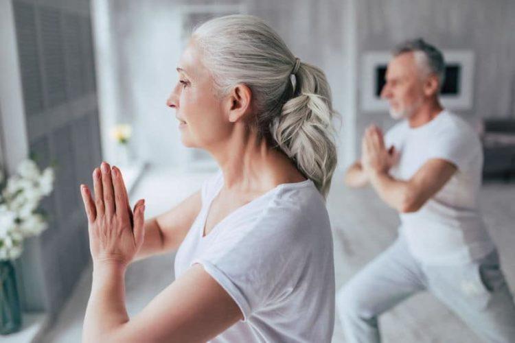 Warum sich Yoga auch im Alter eignet