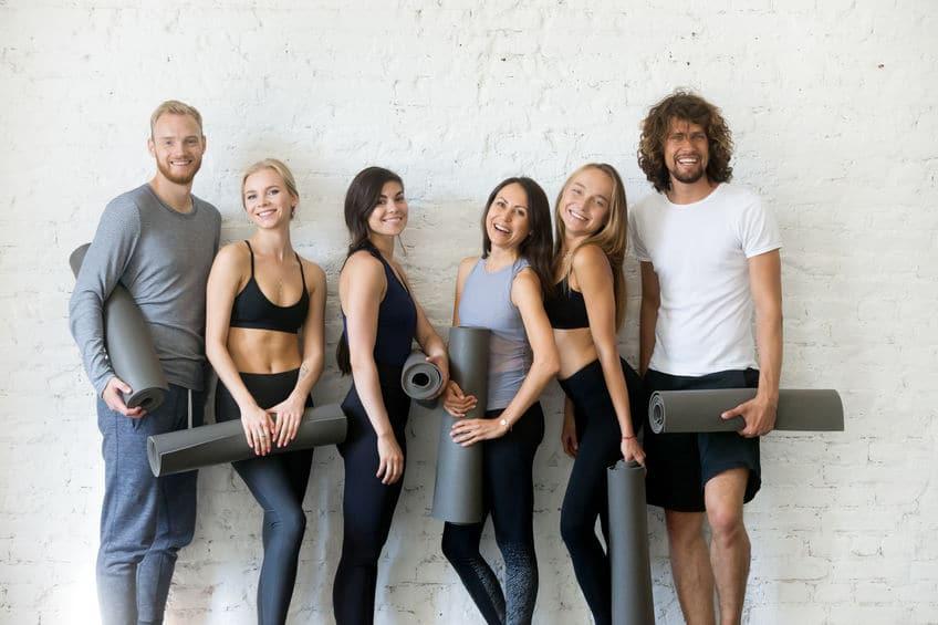 Yoga bringt dich dir selbst und anderen näher
